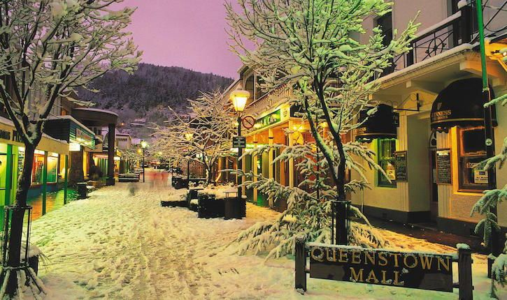Queenstown Mall in Snow